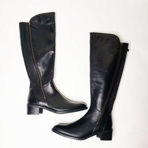 Clarks boots Sz 6.5